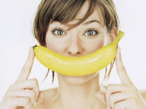Bananenschil om je tanden witter te maken