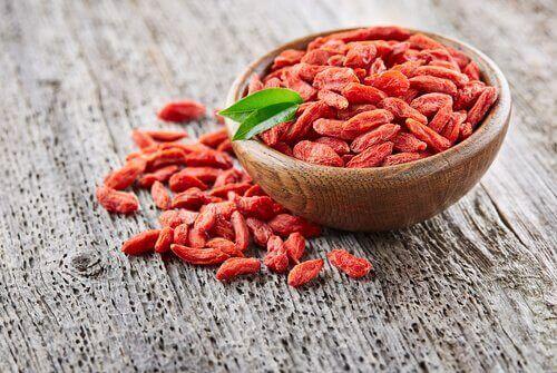 Goji bessen en andere bessen zijn ook vezelrijk voedsel
