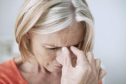 Hoofdpijn door chronische sinusitis