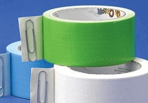 Gebruik gekleurd plakband voor een goed interieurontwerp
