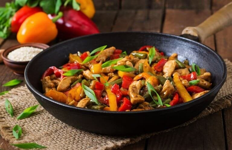 Maak een heerlijke maaltijd met kip en groenten