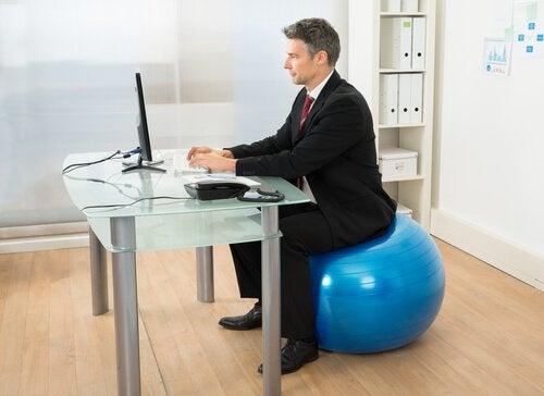 Pilates draagt bij aan het krijgen van een betere lichaamshouding