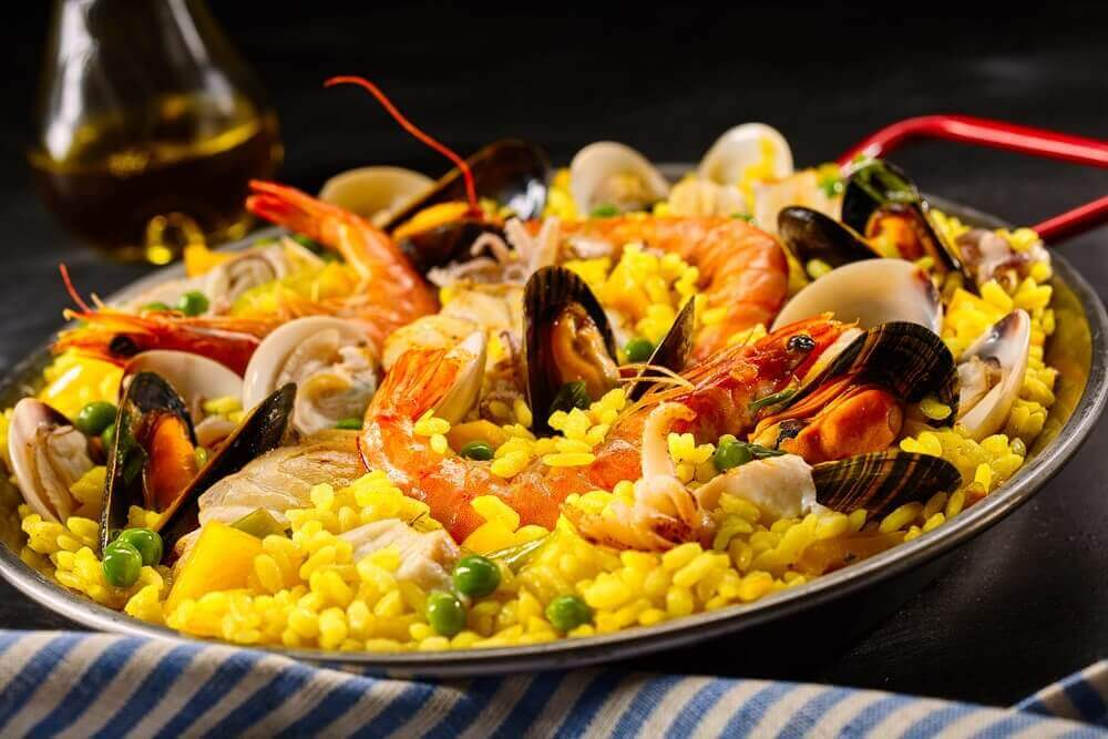 Pan vol met paella