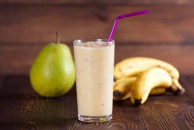 Smoothie van banaan en peer