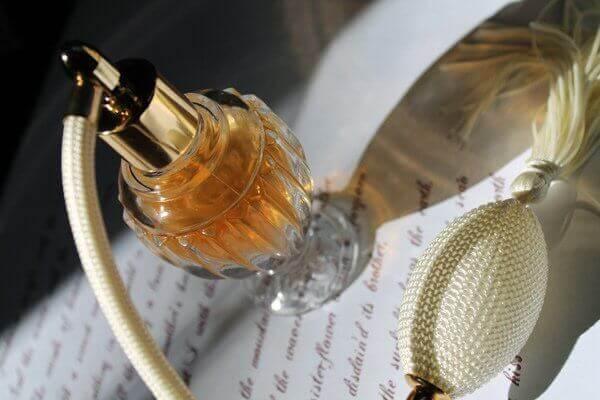 Vier dingen die je kunt doen met oude parfumflessen