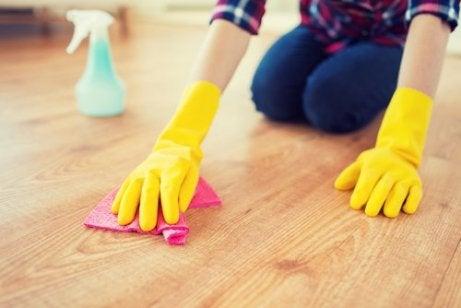 Je huis netjes houden door de vloer schoon te houden