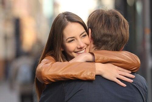 Stress verminderen met een knuffel