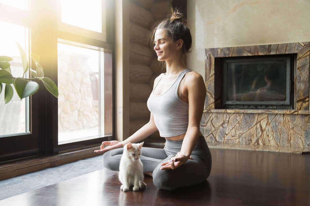 Eén van de bewegingsvormen die je zal doen beter voelen is yoga