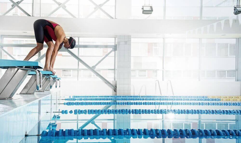 Voordelen van zwemmen: perfect voor mensen met rugpijn