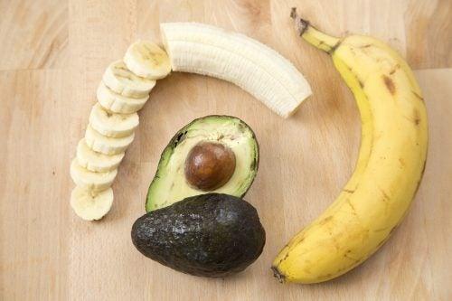 Banaan en avocado
