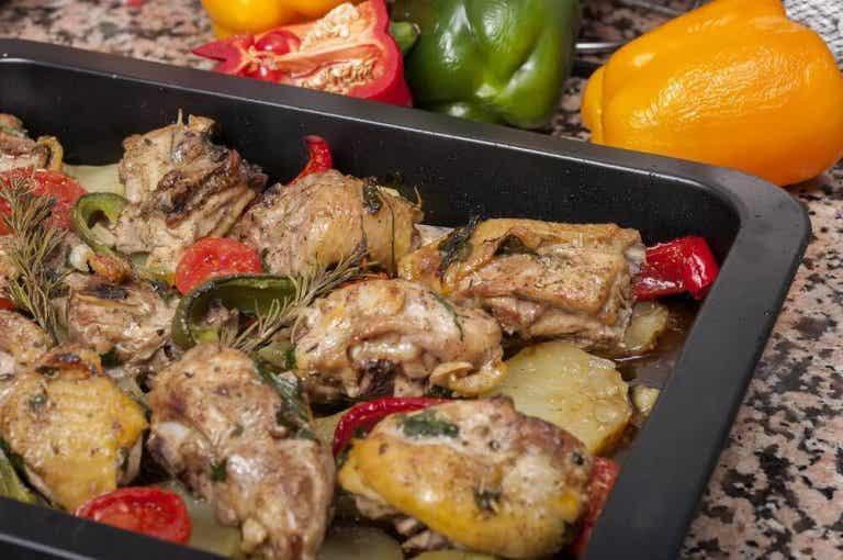 Heerlijke recepten voor gebraden kip met aardappelen en worteltjes