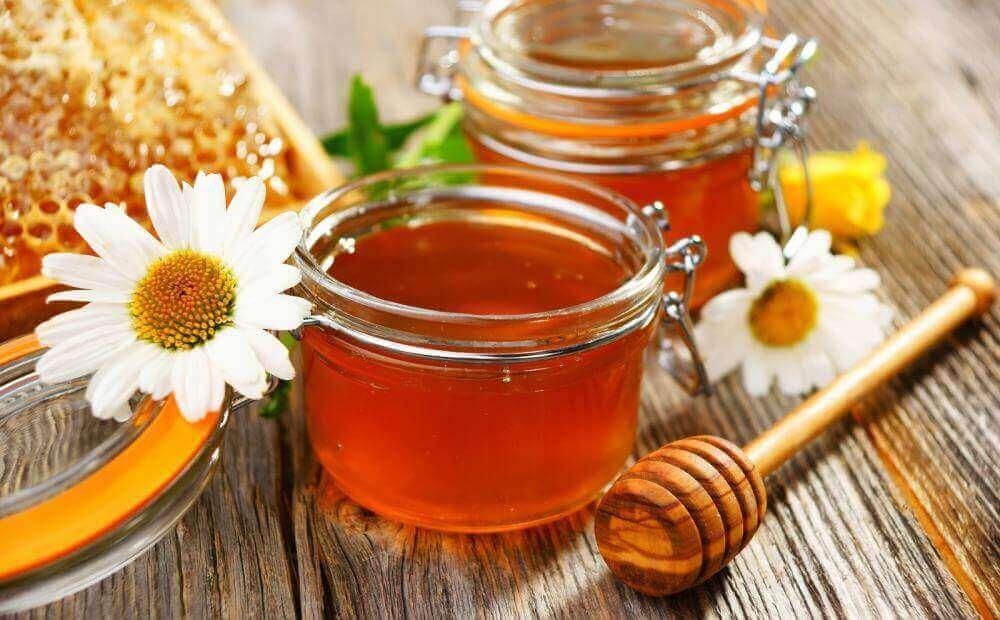 Honing en eigeel om kaalheid te voorkomen