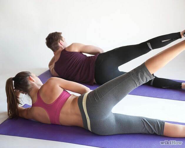 Pilates oefeningen die niet helpen gewicht te verliezen