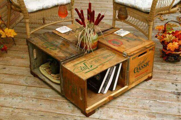 Gerecyclede meubels met fruitkistjes