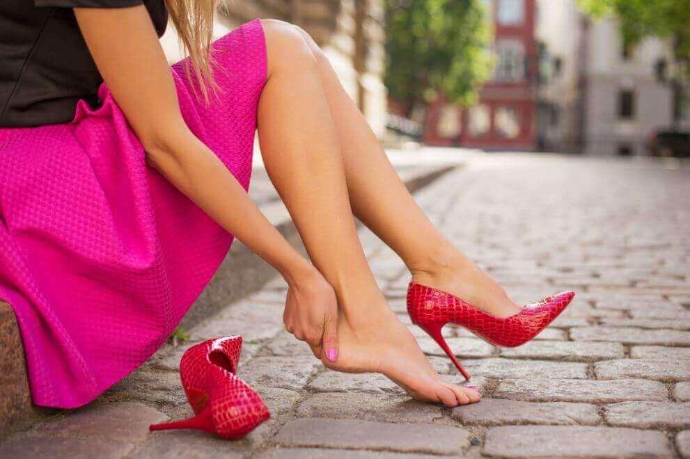 5 tips om te voorkomen dat je nieuwe schoenen pijn gaan doen
