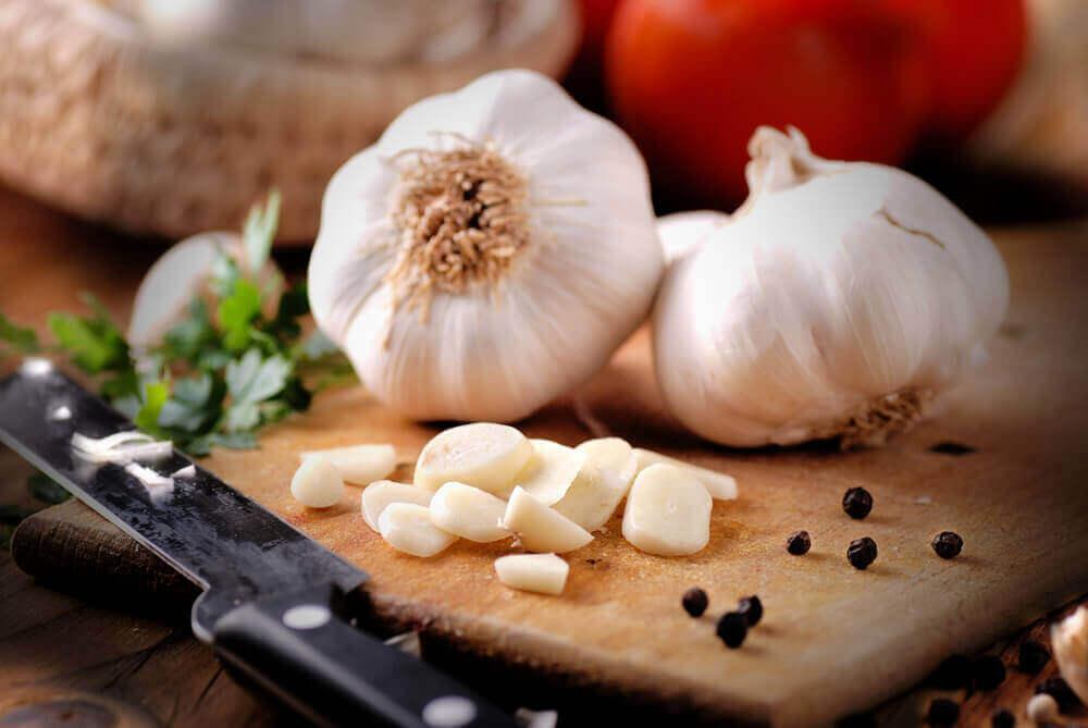 Gezondheidsvoordelen van knoflook
