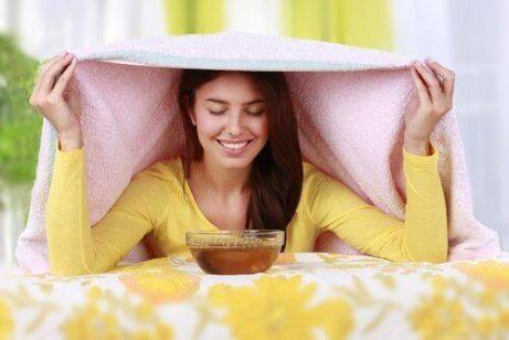 Remedies voor seizoensgebonden allergieën: kruidendampen