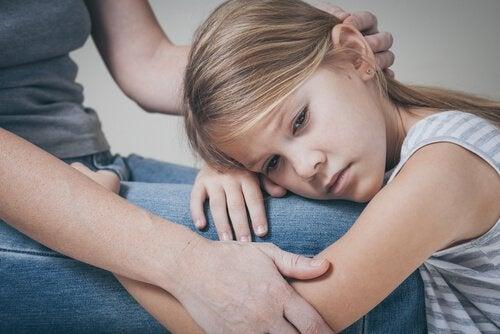 Een sterkere moeder-kindrelatie: je kind te troosten