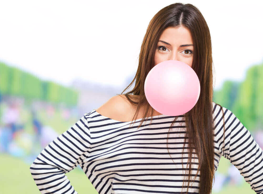 Wat gebeurt er met je lichaam bij het kauwgom kauwen?