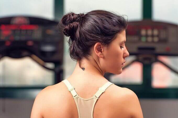 6 adviezen voor een gladde, jong-uitziende huid van je hals