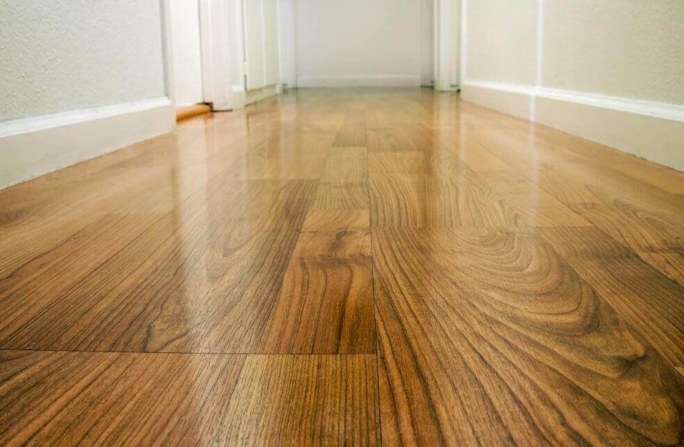 Vier manieren om je houten vloer te sealen
