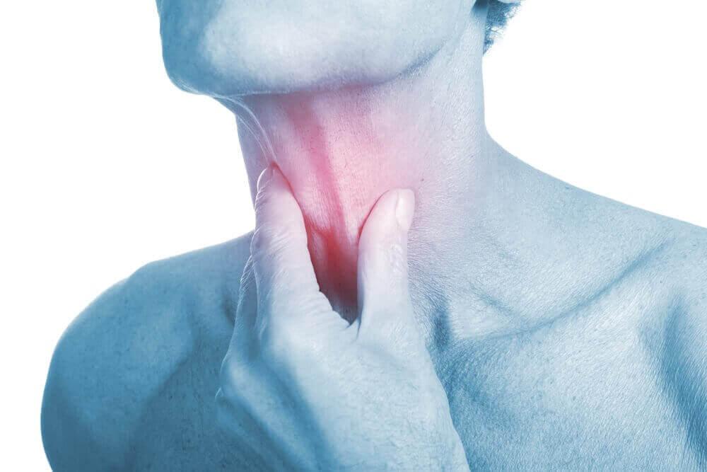 4 antibiotische behandelingen voor een keelinfectie