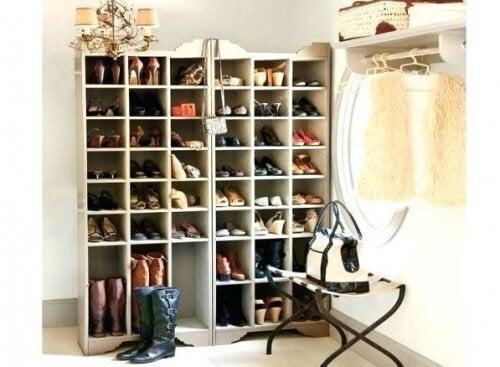Leer hoe je zelf mooie schoenenrekken kunt maken