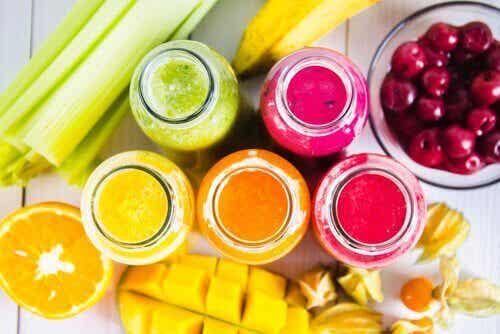 Kleurrijke smoothierecepten voor iedere dag van de week