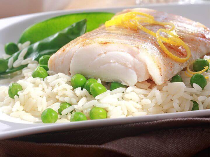 Vis en rijst met groente