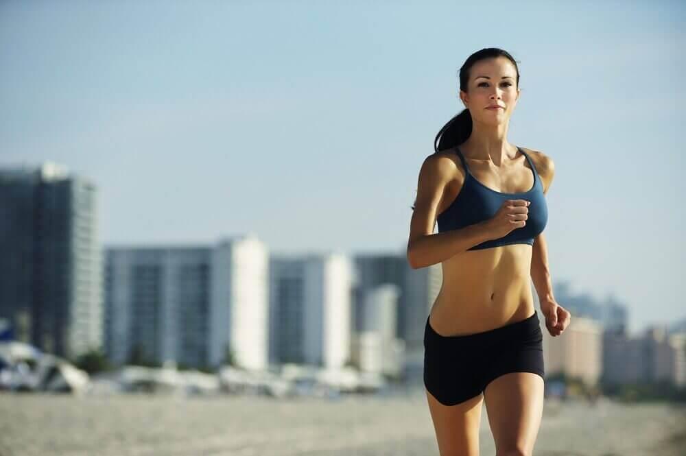 Door voldoende te bewegen voorkom je oedeem