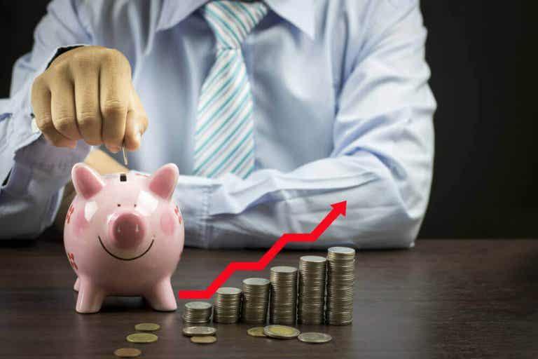 Elke maand geld besparen: 4 eenvoudige manieren