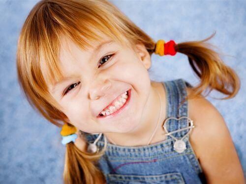 Wanneer naar de arts gaan met urineweginfecties bij kinderen?