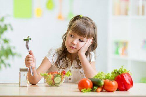 Wat veroorzaakt vermijdende/restrictieve voedselinname stoornis?