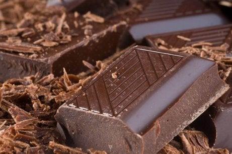 Exfoliërende bodyscrubs voor de droge huid met chocolade