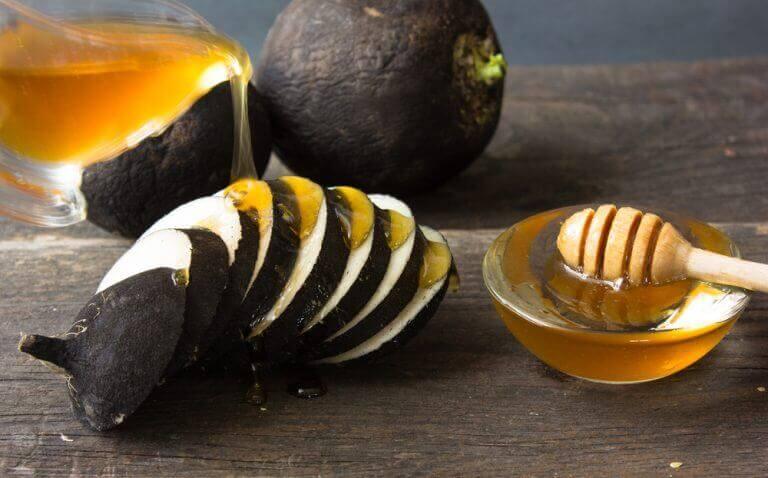 Zwarte radijs en honing