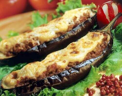 Heerlijk recept voor gevulde aubergine met vlees