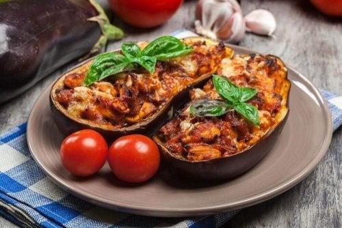Heerlijk recept voor gevulde aubergines met vlees