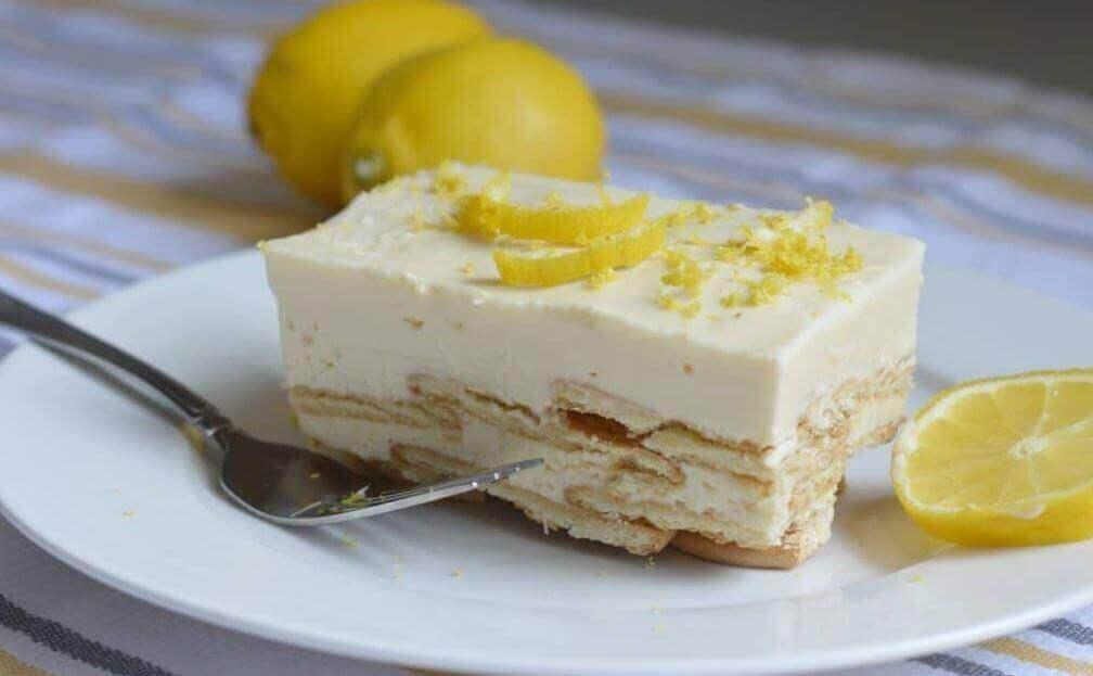 Huisgemaakte citroenroomtaart