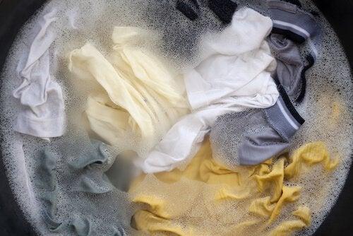 De doekjes waarme we onze ramen lappen moeten ook regelmatig worden gewassen