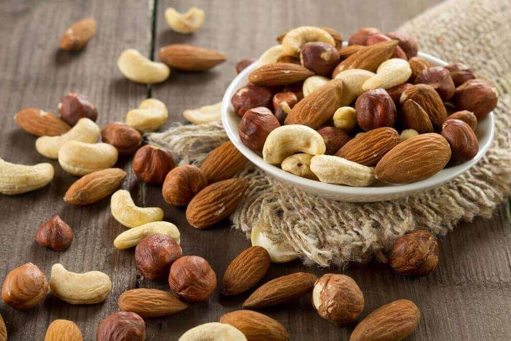 Buikvet elimineren door vaker dingen als noten te eten