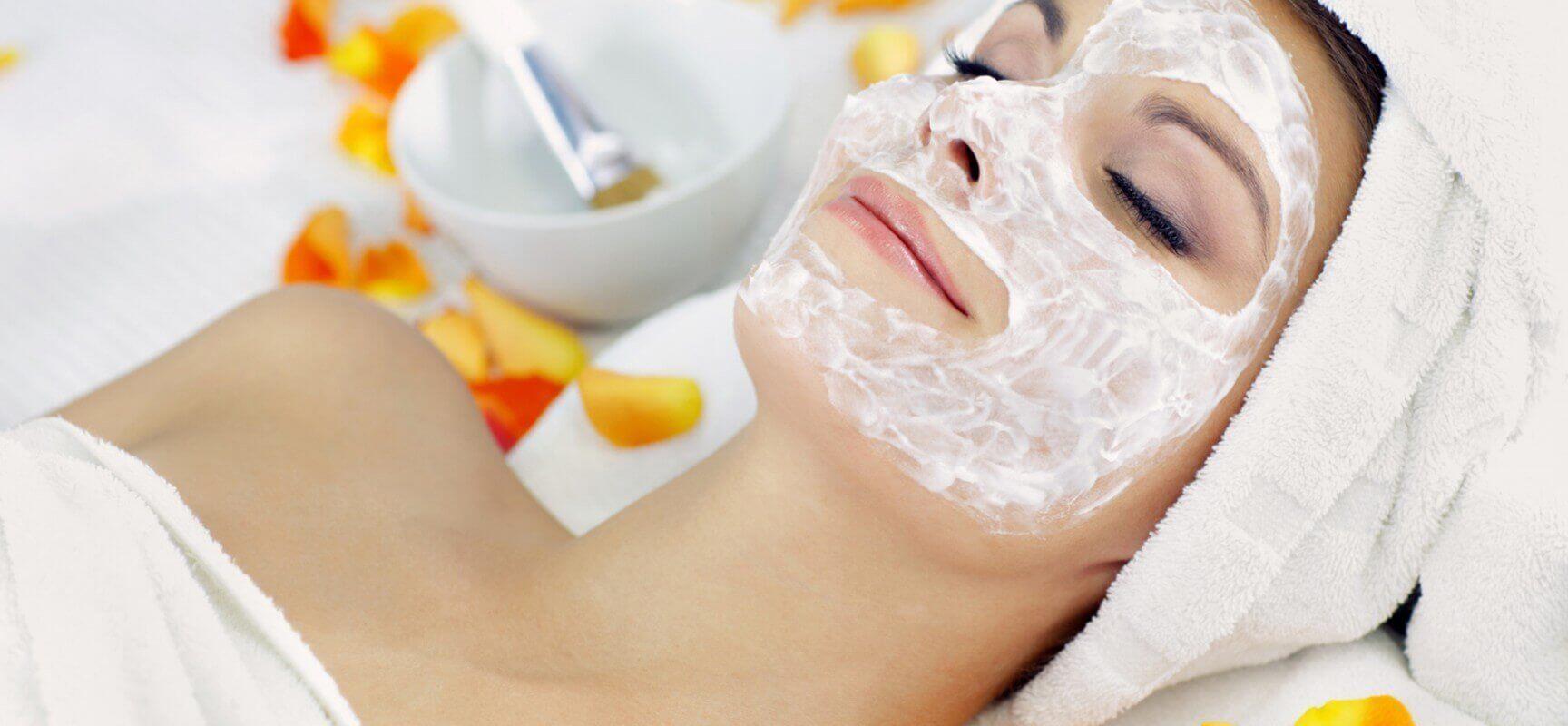 Peel-off gezichtsmaskers met gelatine voor diepe hydratatie
