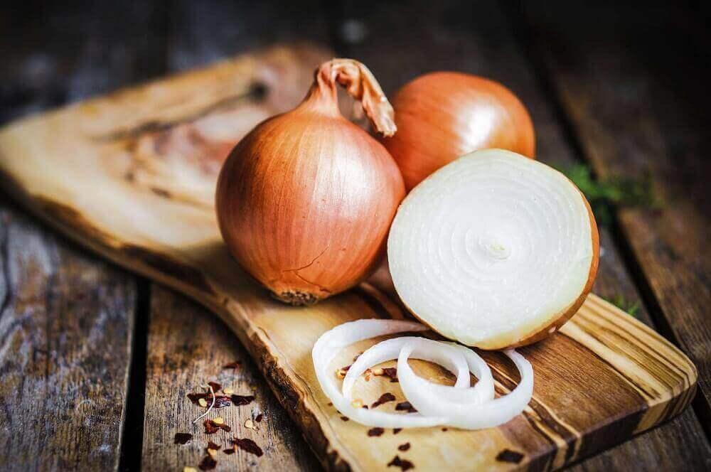 Voedingsmiddelen die de longfunctie verbeteren: uien