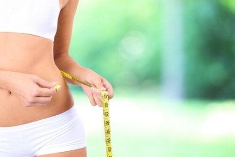 Gedroogde vruchten en noten helpen bij gewichtsverlies