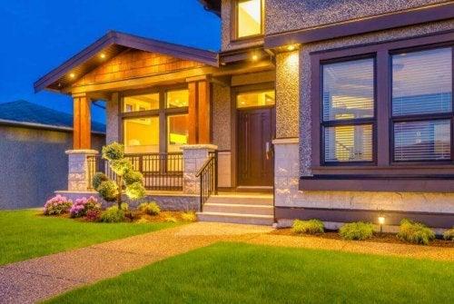 De ingang van je huis decoreren: 6 manieren