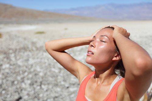 Vermijd heet water om je huid gehydrateerd te houden