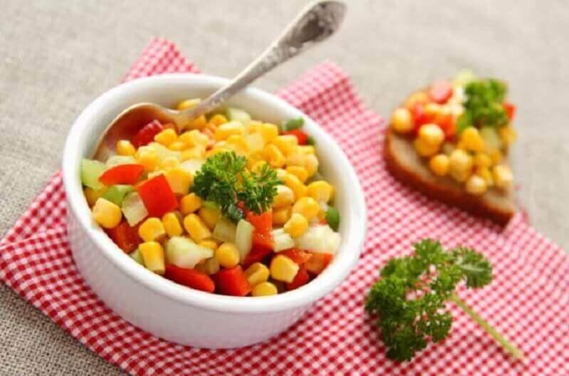 Kom met lentesalade