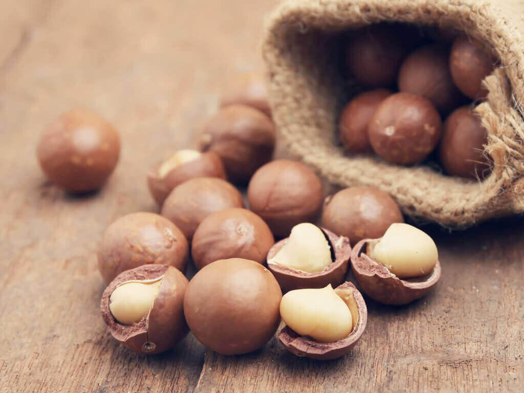 Macadamia noten om de vruchtbaarheid van een man te verhogen