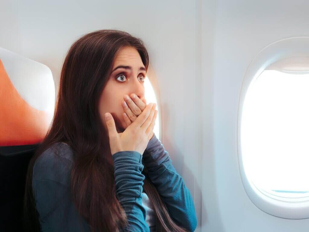 Overgeven voorkomen als je in het vliegtuig zit