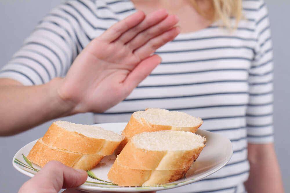 Vrouw zegt nee met haar hand