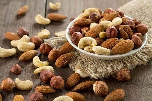 Eet noten en bestrijd haarverlies